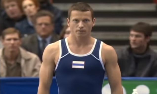 Gimnast - săritură record