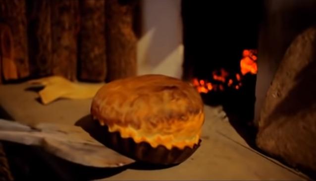 Alexandru Pelin - Mama coace pâine