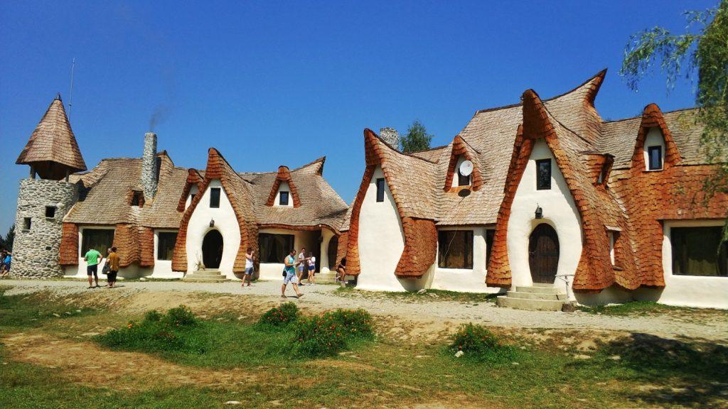 Castelul de Lut - Valea Zânelor